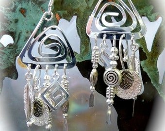 Spiral handmade jewelry, silver dangle triangle earrings, spirals, handmade earrings, feathers, silver jewelry, silver accessories, gifts