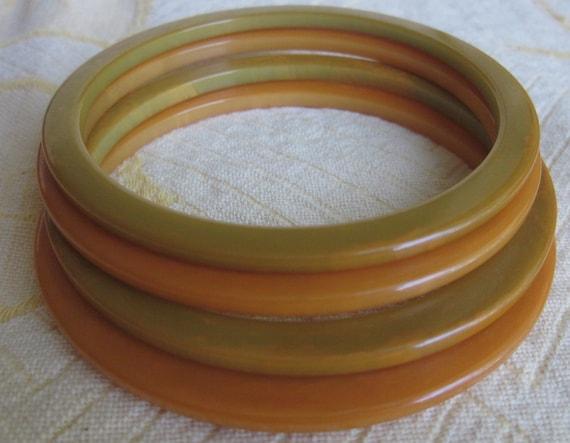 Set of 4 Vintage Yellow/Green Bakelite Bangle Bracelets