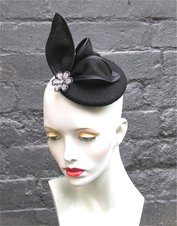 Black cocktail fascinator hat with diamonte flower