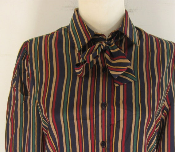 CLEARANCE SALE  70s Stripe Secretary Blouse /  Ascot Pussy Bow Secretary Blouse Shirt Top / Stripe Striped 38 XS S / sixcatsfunvintage