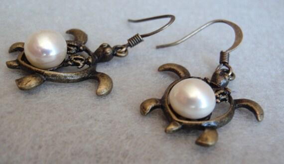 Sea Turtle Earrings Natural Freshwater Pearls Honu