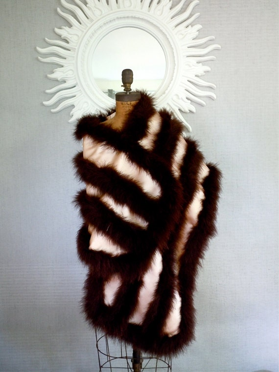 Reserved 50s Ostrich Feather Wrap/DECO,Saks Fifth Avenue, Old Hollywood Burgundy Feathers, Blush peach satin