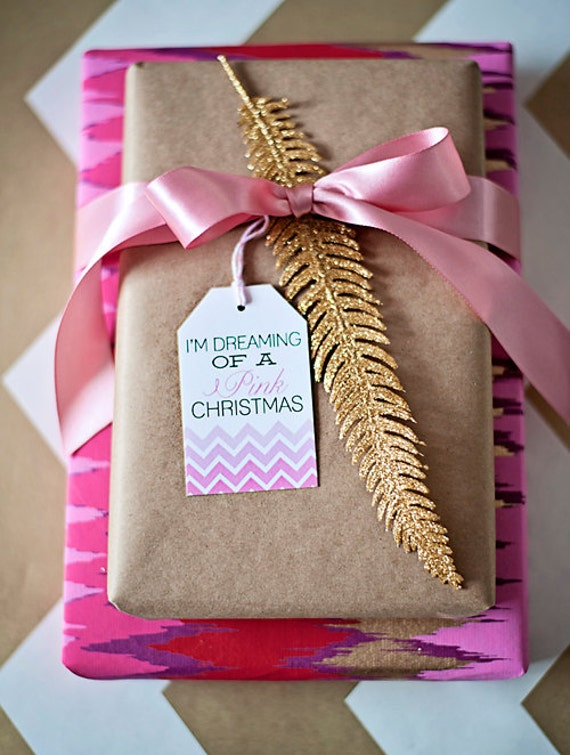 Gift wrapping inspiration: Gold glitter feather embellishment