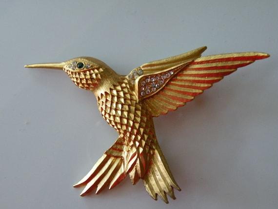 Hummingbird brooch pin. Gold tone metal, rhinestones.