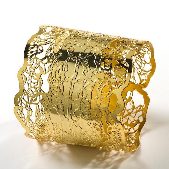 Большой золотой браслет тумака металла Кружево 24-каратного золота покрытием