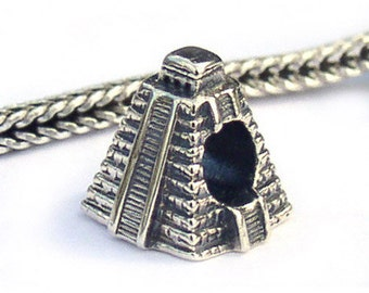 Chichen Itza Mayan Pyramid Landmark Charm Beads LM013