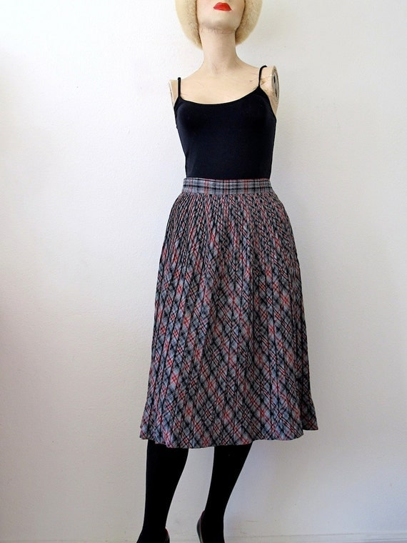 1950s Wool Skirt / pleated plaid a line skirt by ...