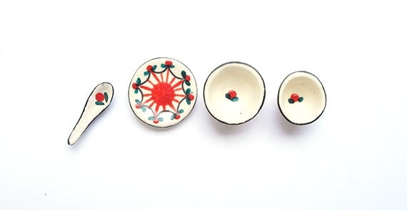 Miniature Painted Red Ceramic Tableware Set, Dollhouse, DIY Miniature Craft, Bowl, Plate, Spoon