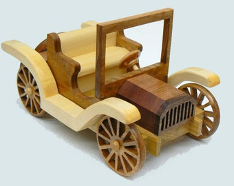Old Car Wood Toy Buick Roadster 1911