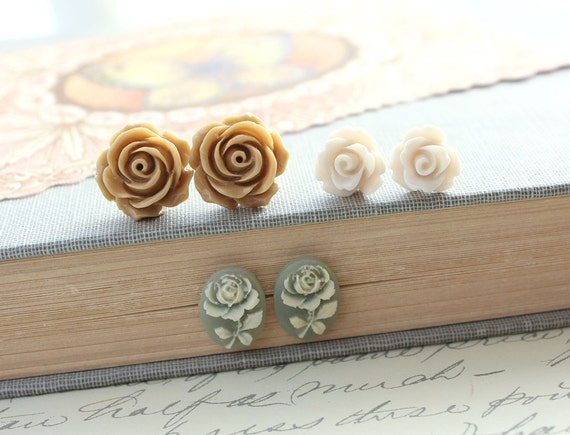 Rose Stud Earrings Caramel Tan Rose Earrings Resin Jewelry Rose Post Earrings Flower Jewelry Ivory Cream Rose Country Chic Jewelry