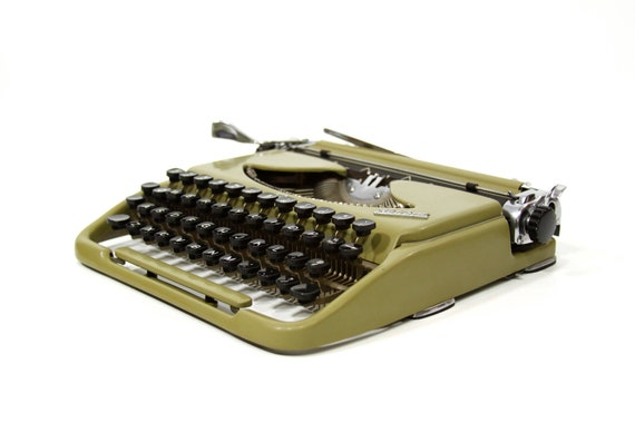 RESERVED Ultra Slim Kolibri Typewriter