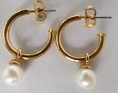 Vintage jewelry earrings in gold tone open hoops with white simulated pearl dangles earrings