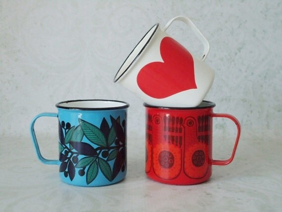 Retro Kaj Franck Red Heart Enamelware Mug - Vintage Arabia Finland Heart Cup