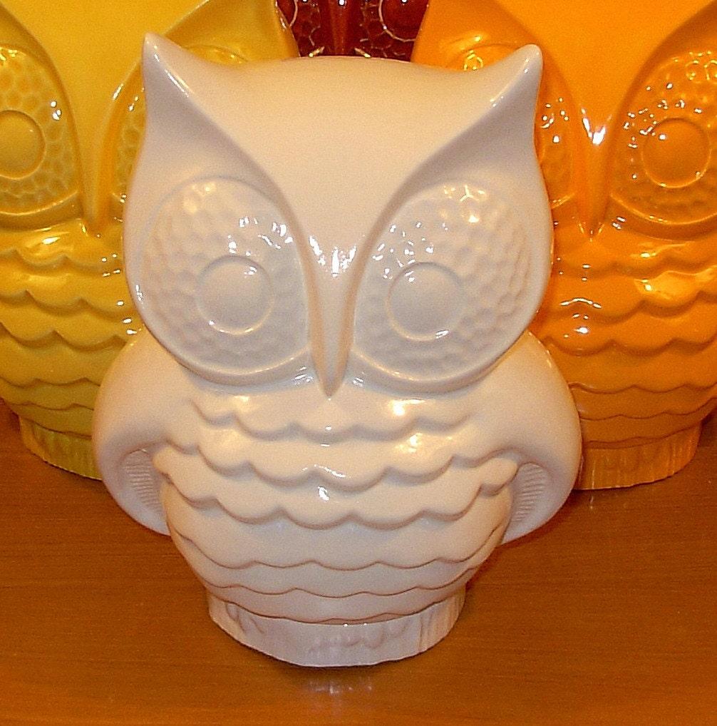 Hootie Ceramic Owl Statue Classic White By Ceramicsbylisa