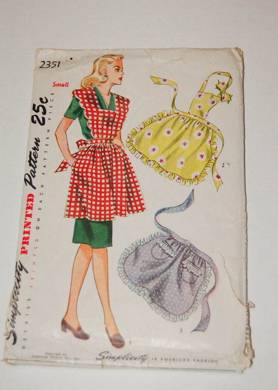 Vintage apron pattern with three styles for Apron designs and kitchen apron styles