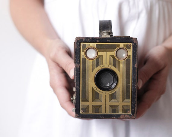 Vintage Box Camera - 1930s Art Deco Kodak Six-20 Brownie Junior