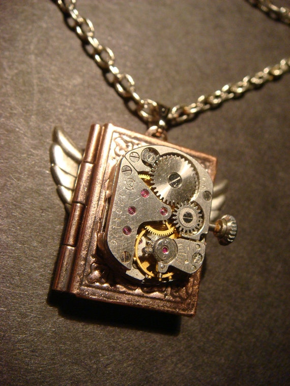 Steampunk Neo Victorian Watch Movement LOCKET Necklace with Wings (564)