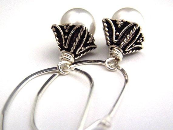 Freshwater Pearl Earrings on Sterling Silver Oval Hoops