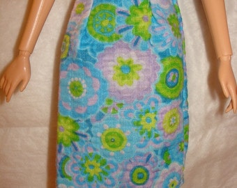 Fashion Doll Coordinates - A-line skirt in blue and green floral print - es108
