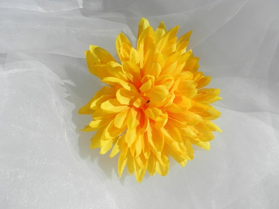 Yellow silk flower cij