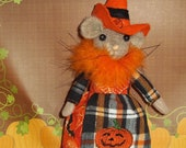 Steam punk mouse doll in black and orage Halloween dress