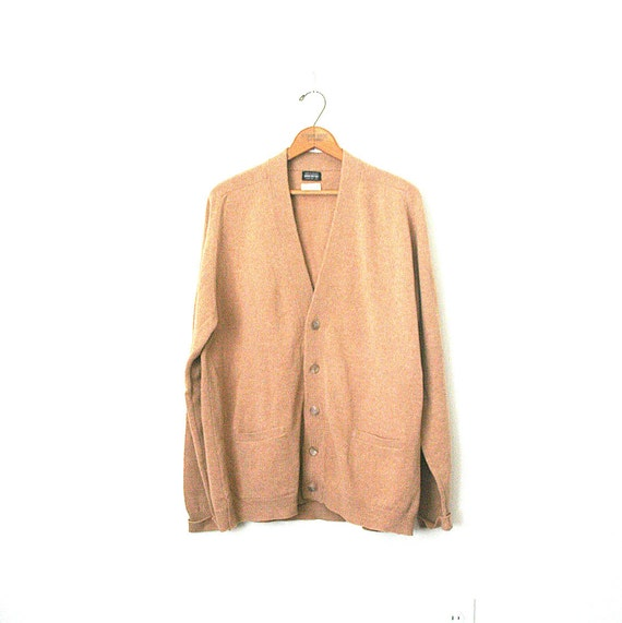 vintage 1950's cardigan sweater  GRUNGE camel lambswool BROOKS BROTHERS / wear on cuffs