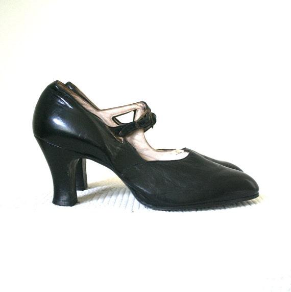 Roaring 20s Shoes   www.imgarcade.com - Online Image Arcade!