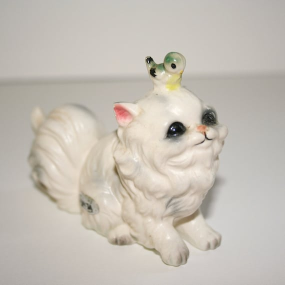 Vintage collectable Kitty with perching bird