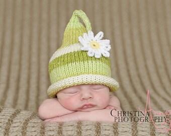 Baby Girl Hat, Newborn Hat with Flowers, Newborn Daisy Baby Beanie, Daisy Baby Hat, Flower Baby Bonnet