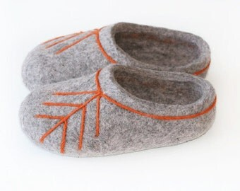 Felted Kid Slippers. Gray with latvian ethnographic ornament.