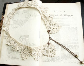 lace collar necklace -JUSTINE- ecru linen