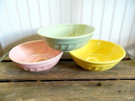 Vintage Pastel Poppytrail Bowls Made in California