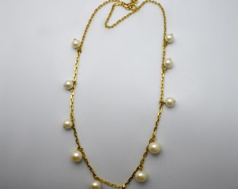 Vintage pearl necklace - Ornate gold toned chain - various sized creamy white faux pearls  - 23 to 24 inch chain of faux pearls