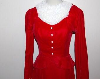 Vintage Dress Red Velvet with Lace Breathtaking