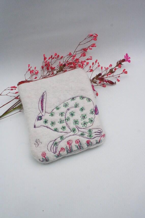 Felt Machine Embroidered Running Hare Change Purse