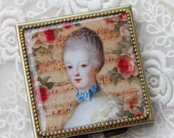 Mary Queen - Whimsical Retro Women - Fashion Vintage Women - Victorian Women - Pill Case - Pillbox- pil box-Compact Mirror-Trinket Box