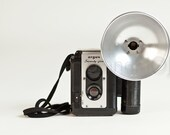 Argus Seventy - Five camera with flash bulb attachment - bakelite decor 620 film format 1950s mid century decor