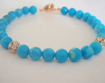 Turquoise howlite and crystal bracelet