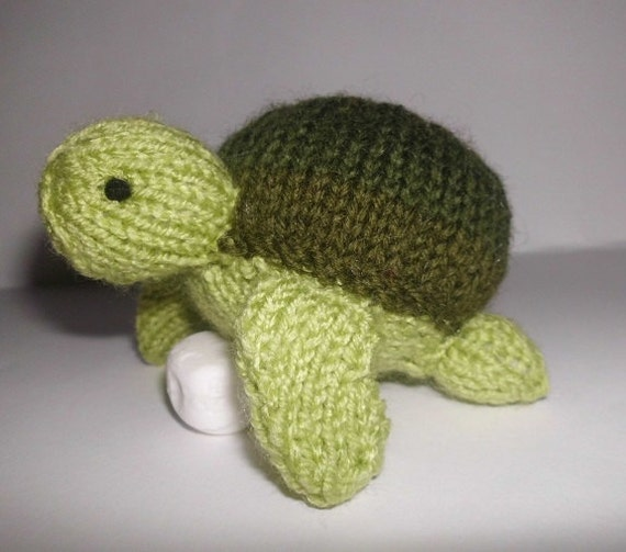 Steve Sea Turtle amigurumi hand-knitted turtle