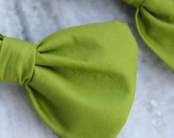 Bow Tie in Solid Green Apple - clip on, pre-tied with strap, or self tying