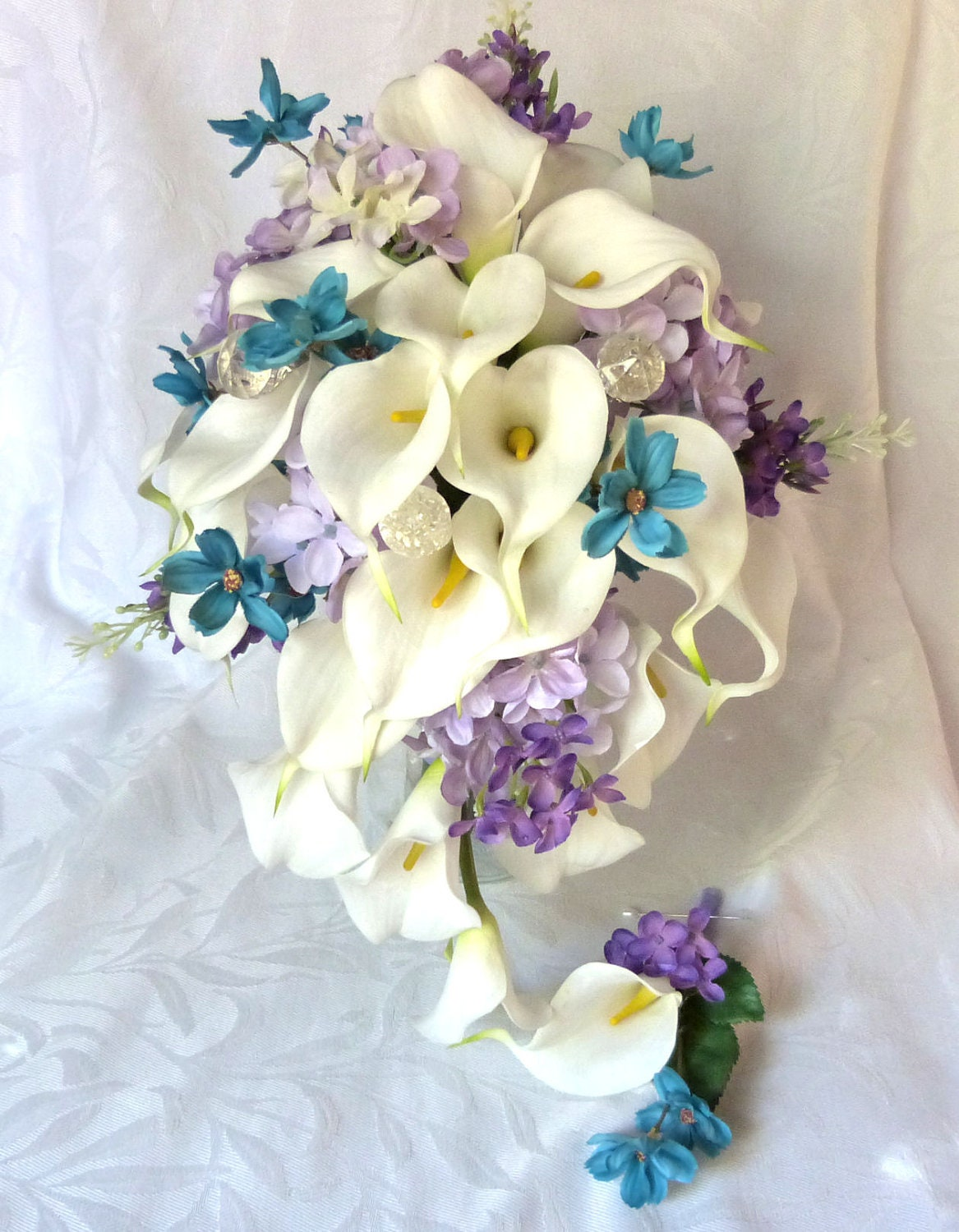 Wedding Flower Arrangements With Lilies : Calla lily wedding bouquet turquoise and lilac