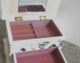 Mini Jewelry Chest 1970s