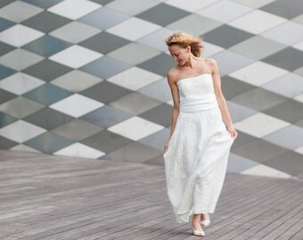 Minimalist Wedding dress strapless / Boho chic / Hand Made Nuno Felt / Silk & Softest Wool / natural white