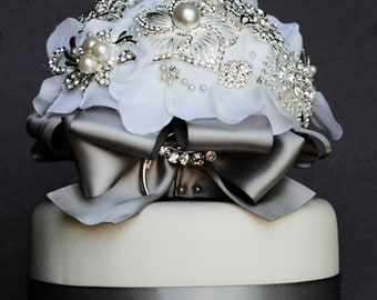 Vintage Bridal Brooch Bouquet Wedding Cake Topper - Pearl Rhinestone Crystal - Silver White Grey CT006LX