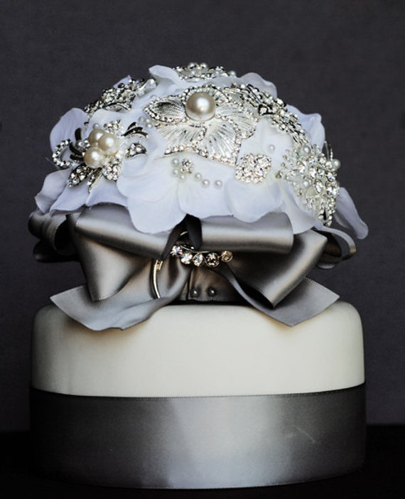 Vintage Bridal Brooch Bouquet Wedding Cake Topper - Pearl Rhinestone Crystal - Silver White Grey CT006LX