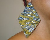 Leather earrings with african fabric, diamond shape.