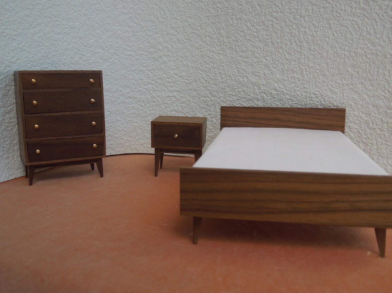 Mid Century Modern Miniature Bedroom Suite In Walnut 1 12