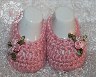 Baby Shoes - Crochet Baby Booties - Pink - Dainty Flowers - Ballet Slippers