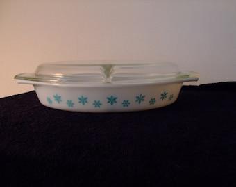 "Vintage Pyrex divided casserole ""Snowflake"""