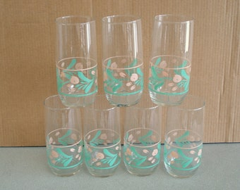 Set of 7 Clear Glass Tall Beverage Tumblers Glasses.